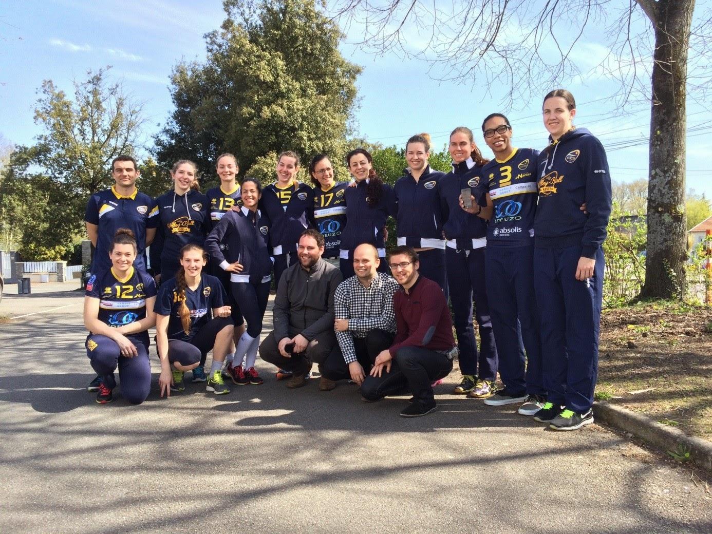 Equipe-feminine-volley-Nantes--Application-mobile--PassionNantes---esn-lille-ssii-grenoble-paris-lyon-nantes-bordeaux-hardis-group